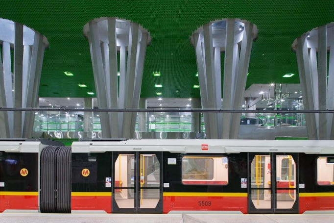 Stacja metra Stadion Narodowy  - zdjęcie 2